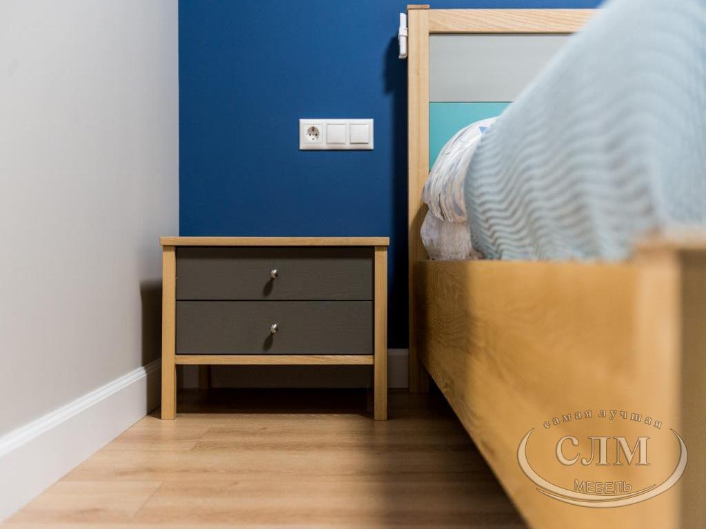 мебель из массива - тумбочка и кровать